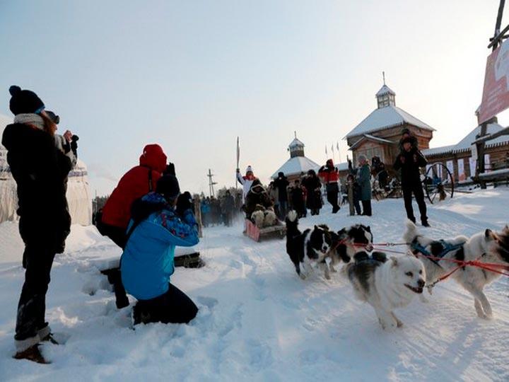 гонки в упряжке якутских лаек