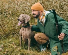 Собака с хозяином на охоте