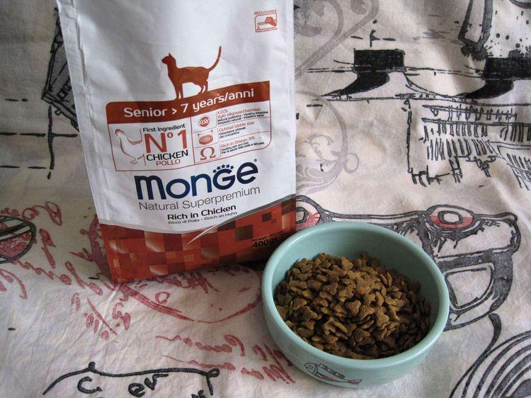 Корм для кошек Монже