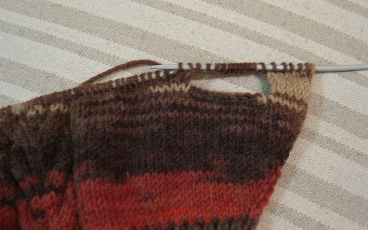 Вязание свитера для собаки